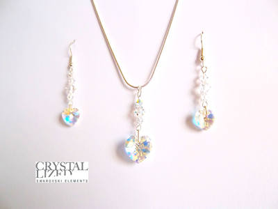 Clara - Crystal Swarovski Heart Earrings