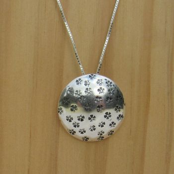 Domed Circle Mini Flowers Pendant- GCP6