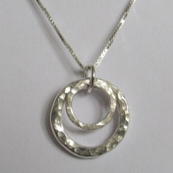 Hammered Circles Pendant - SWCP2H