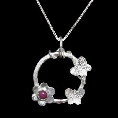 Ruby Pendant Rosy Garden - SO1