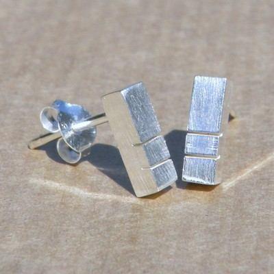 Bar Earrings Double Cut - DDE11