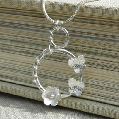 Butterflies and Flower Hoop Pendant - GCP20