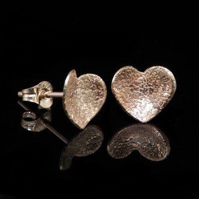 Gold Heart Earrings - JTAEG1