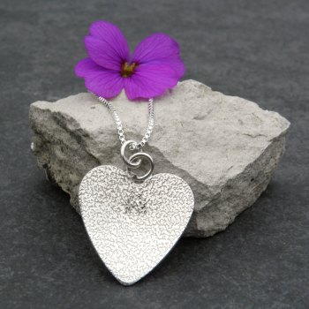 Love Heart  Pendant - JTAP3