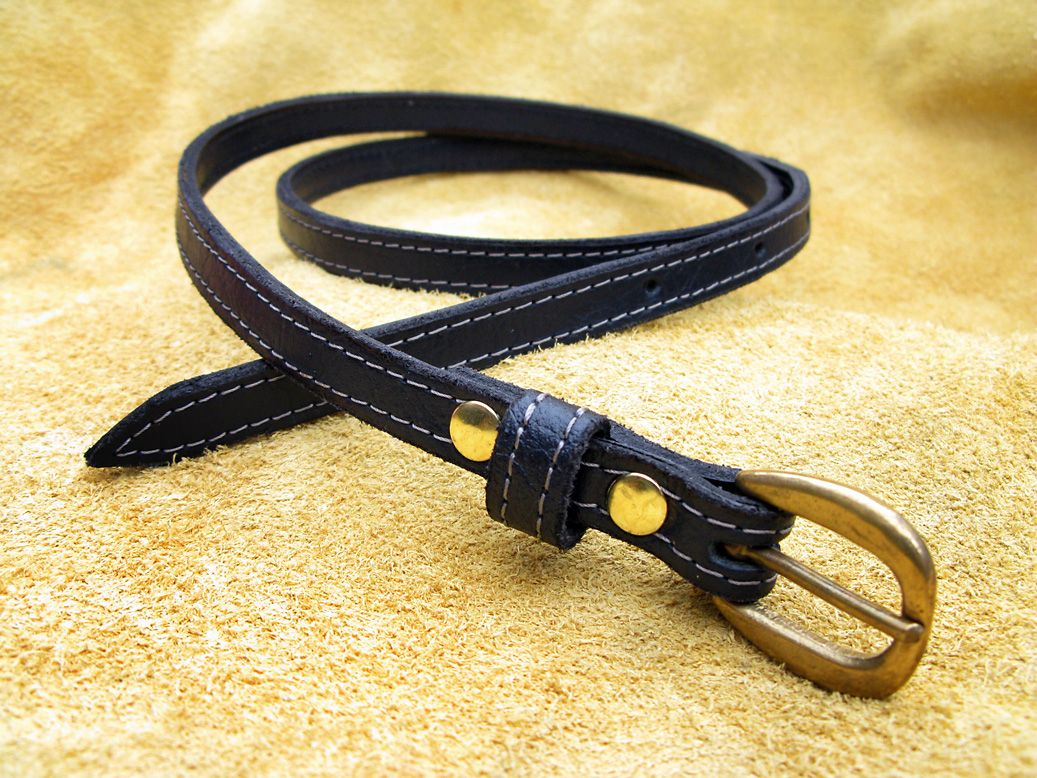Handmade Leather Skinny Belt in Midnight Navy