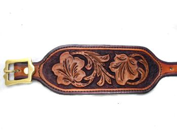 Handmade Leather Wristband with Ivy leaf Design