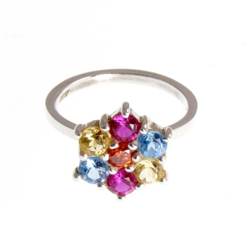 Gem set flower ring