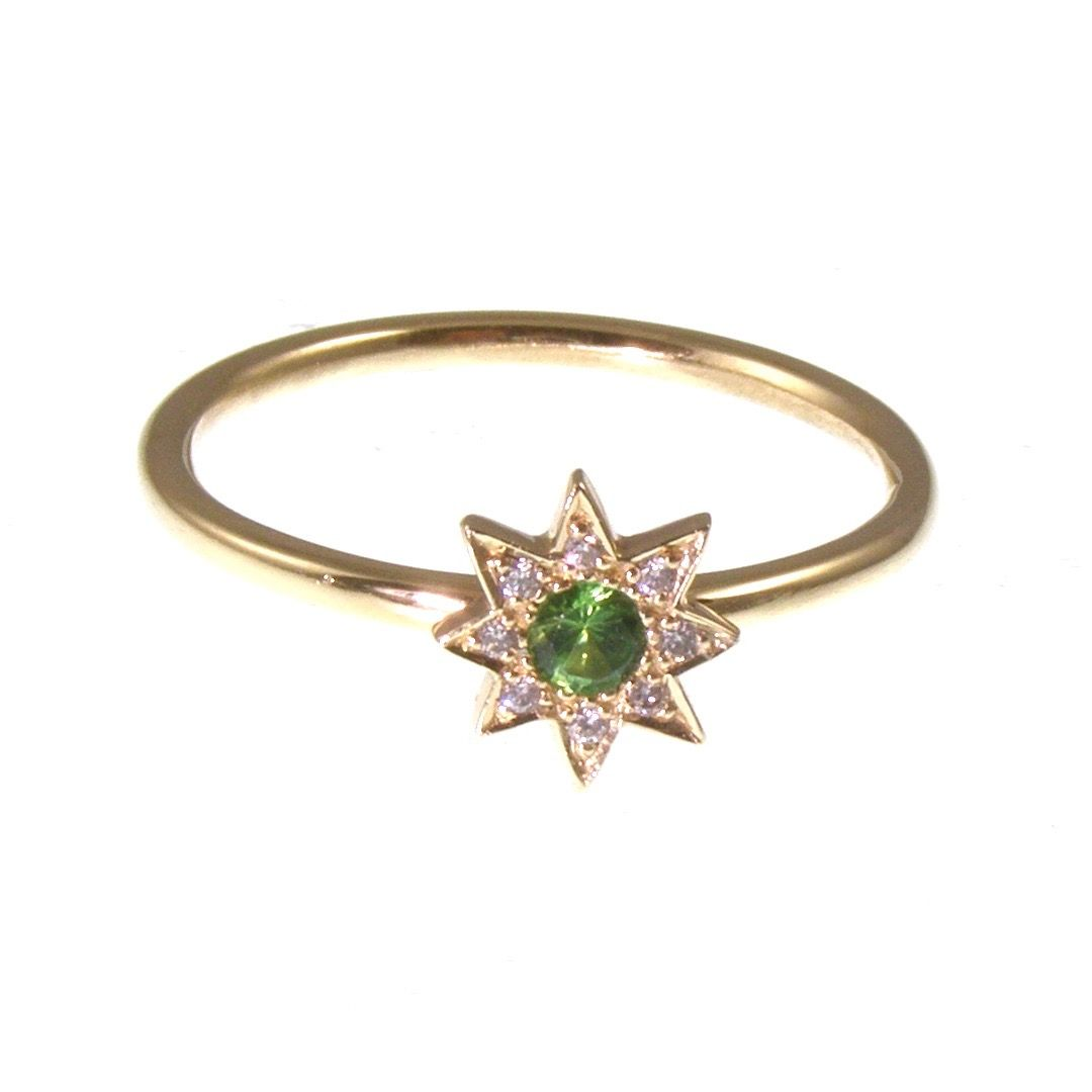 Sparkly star ring