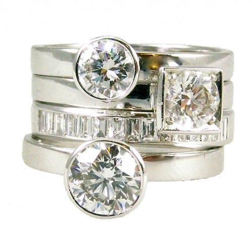 18 carat white gold diamond stack