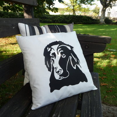 Flat Coat Retriever Cushion - Onyx Stripe