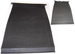 Walkthru Floor Mat 68-79. Walkthrough   211-863-781A