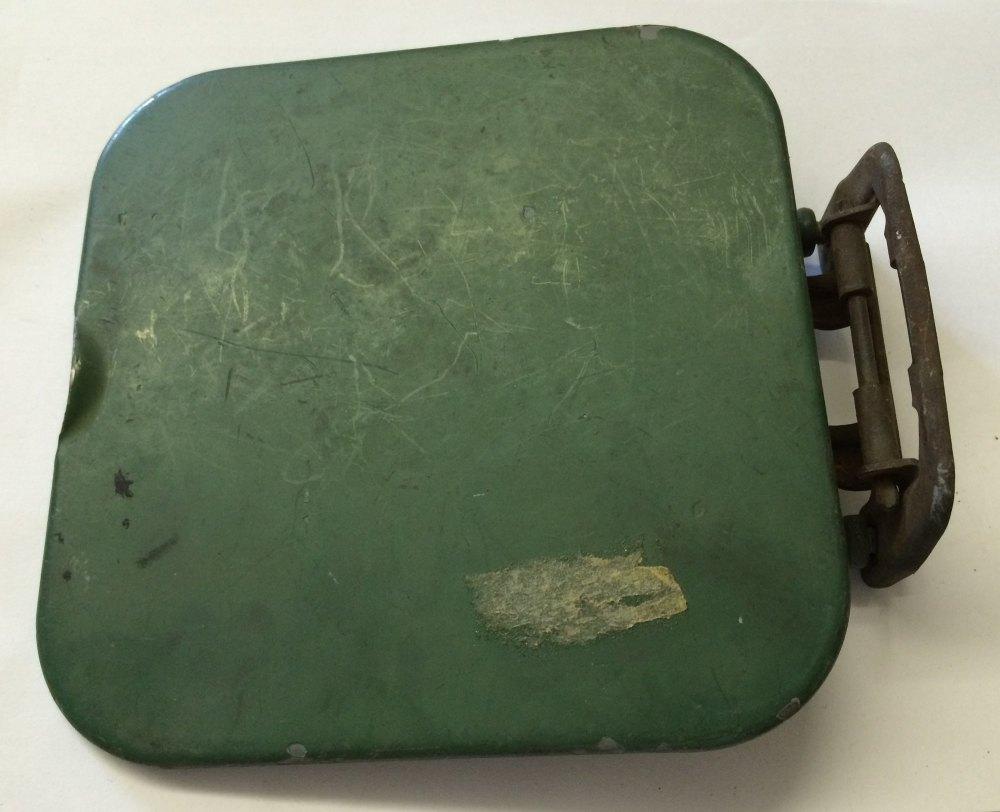 Fuel Flap 2