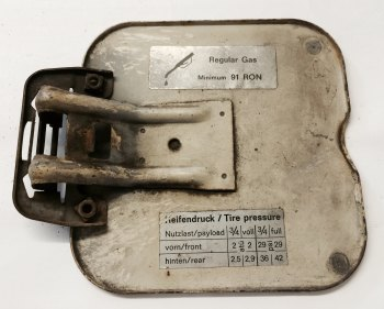 Petrol Flap 10  Good Used 68-71