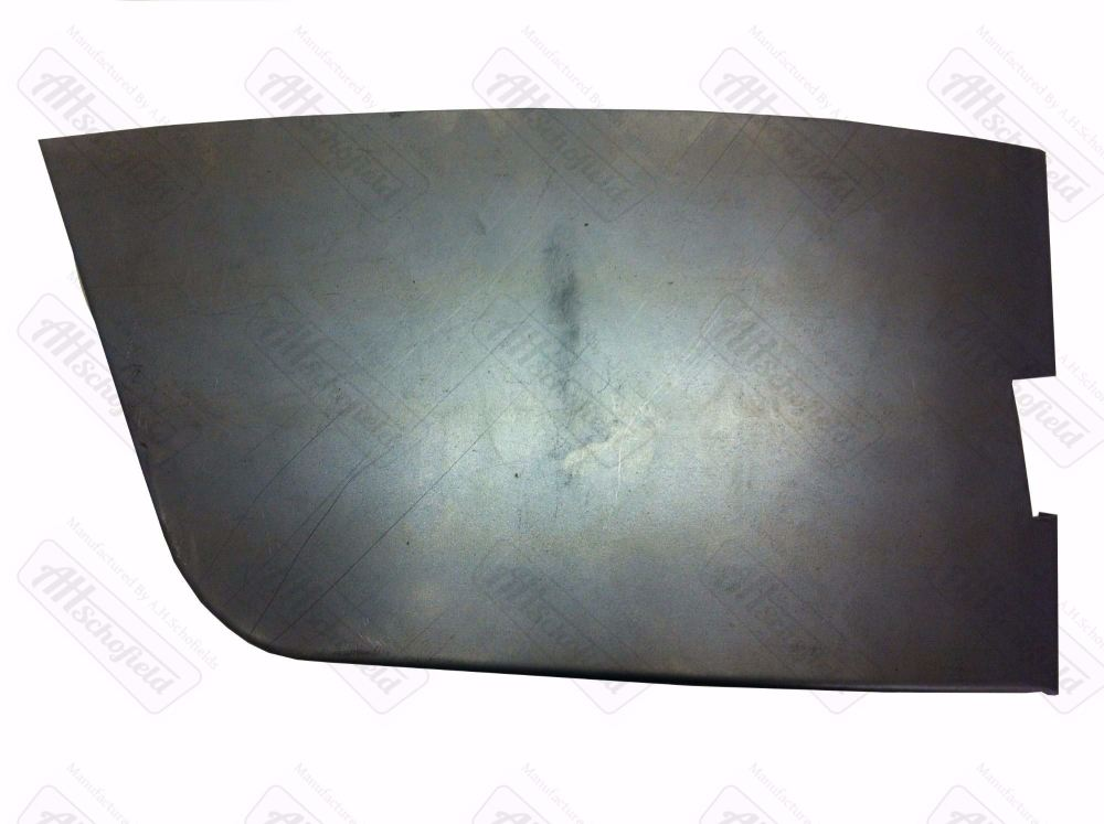 Cab Door Lower Skin Right ->67.   211-831-056R