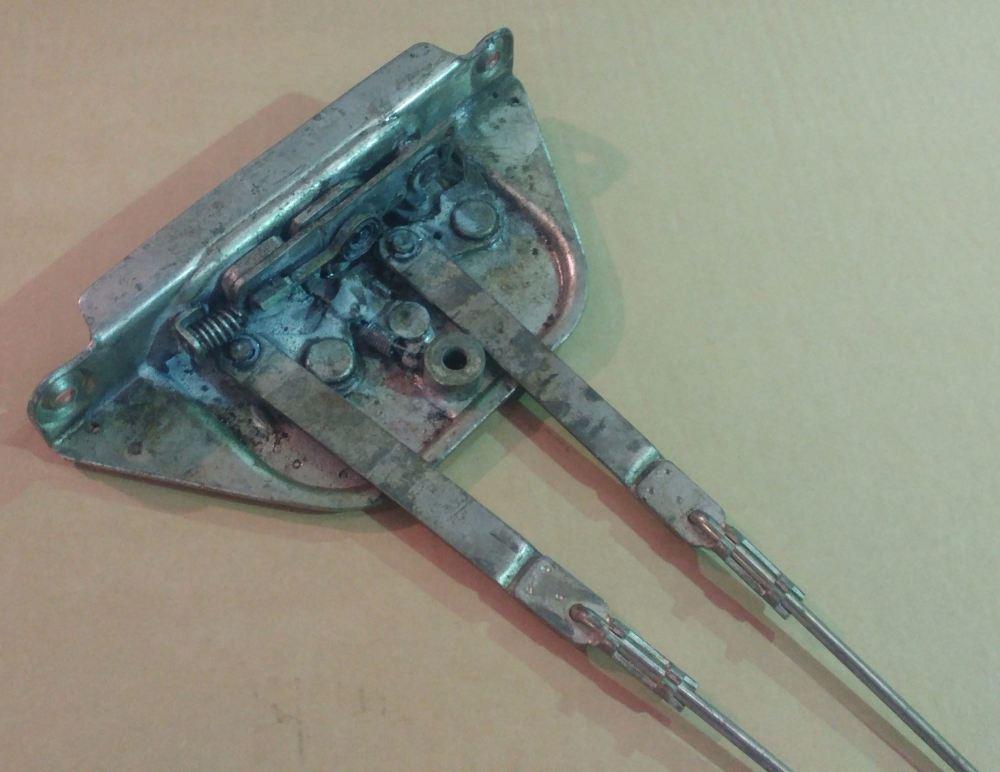 Complete Used Sliding Door Lock Mechanism, 68-70 LHD