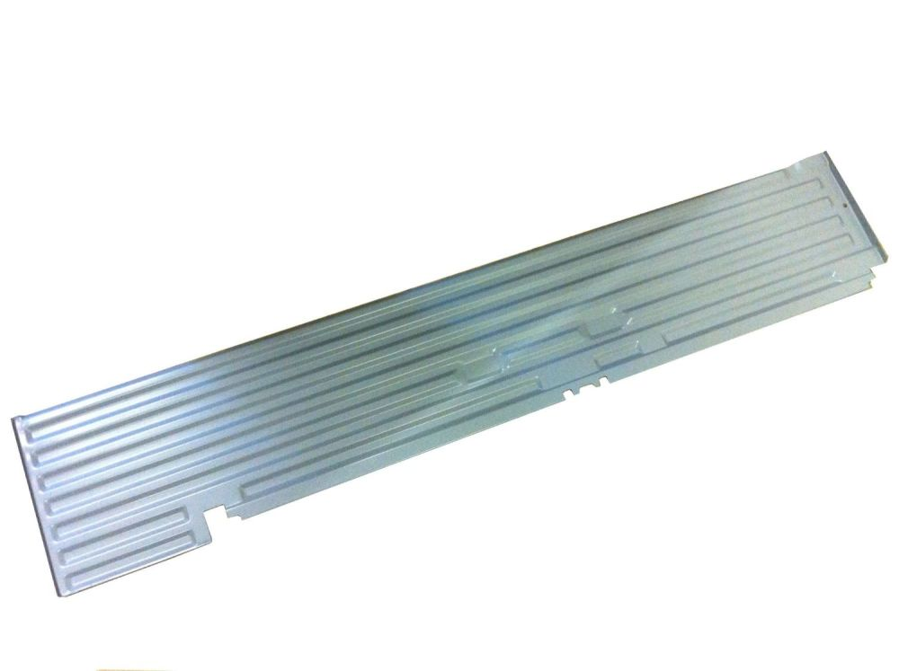 Cargo Floor Edge, Cargo Door Side 55-67.   211-801-404EX