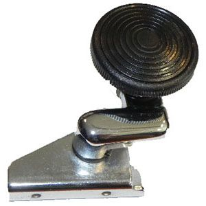 Rear Quarter Light Window Catch, Right 68-79.   221-847-682