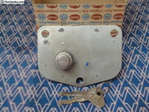 NOS Single cab treasure chest lock 68-79 261-829-561C