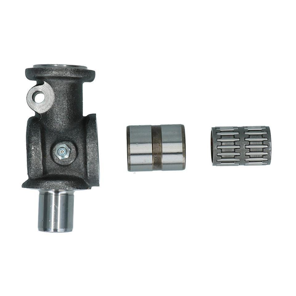 Lower King Pin & Needle Bearing 55-62.   211-405-365A