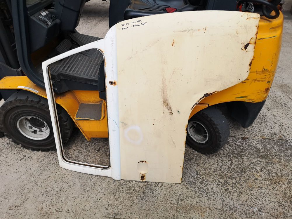 Good Used Cab Door, Right Side 76-79.