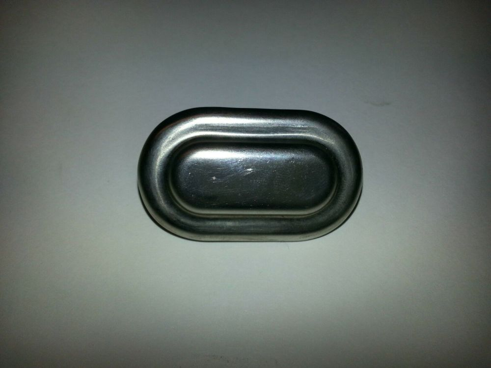 NOS Sliding Window Catch Outer 55-67.   211-837-827