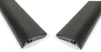 Running Boards with Black Mat 52-79 Beetle, Pair.   111-821-507   & 111-827-508