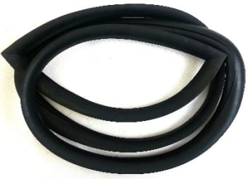 3/4 Side Window Seal, Middle or Rear Side 68-79.   221-845-285