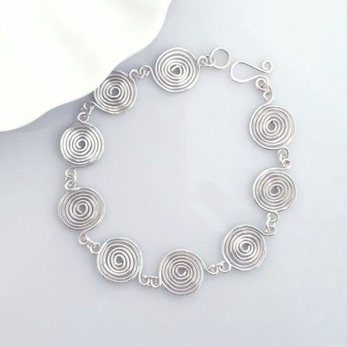 Closed Spirals bracelet