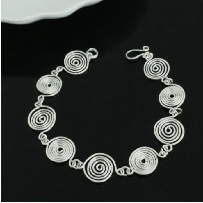 OC spiral bracelet black