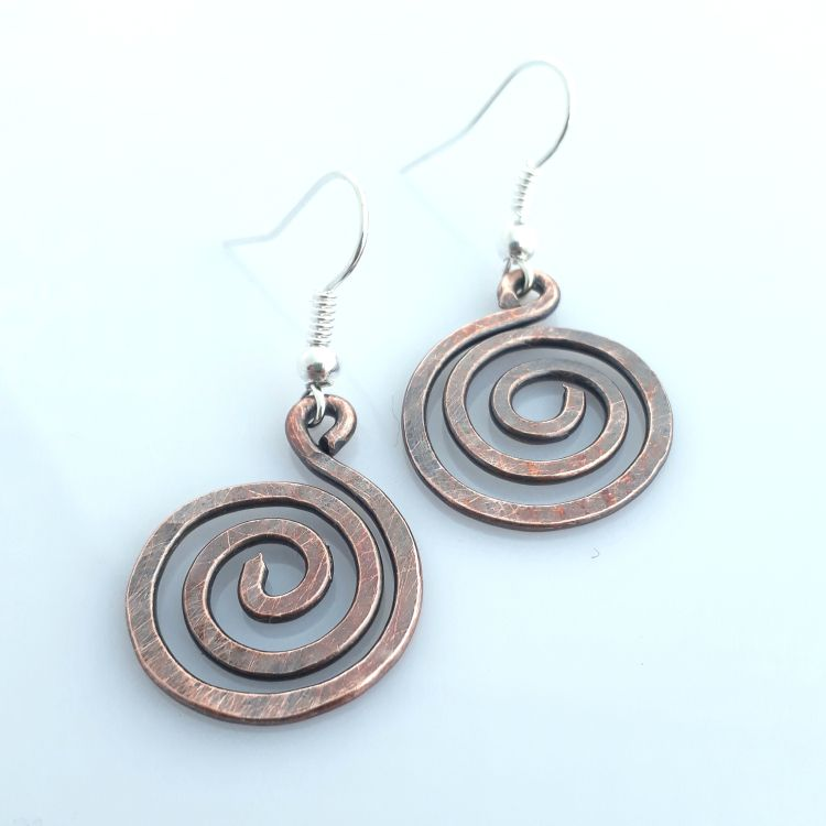 sq open copper spiral earrings 3