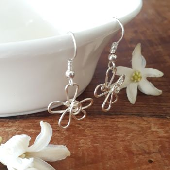 Single daisy Earrings