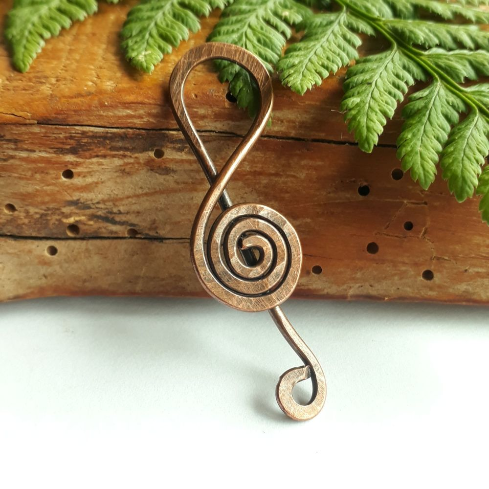 Copper music note pendant