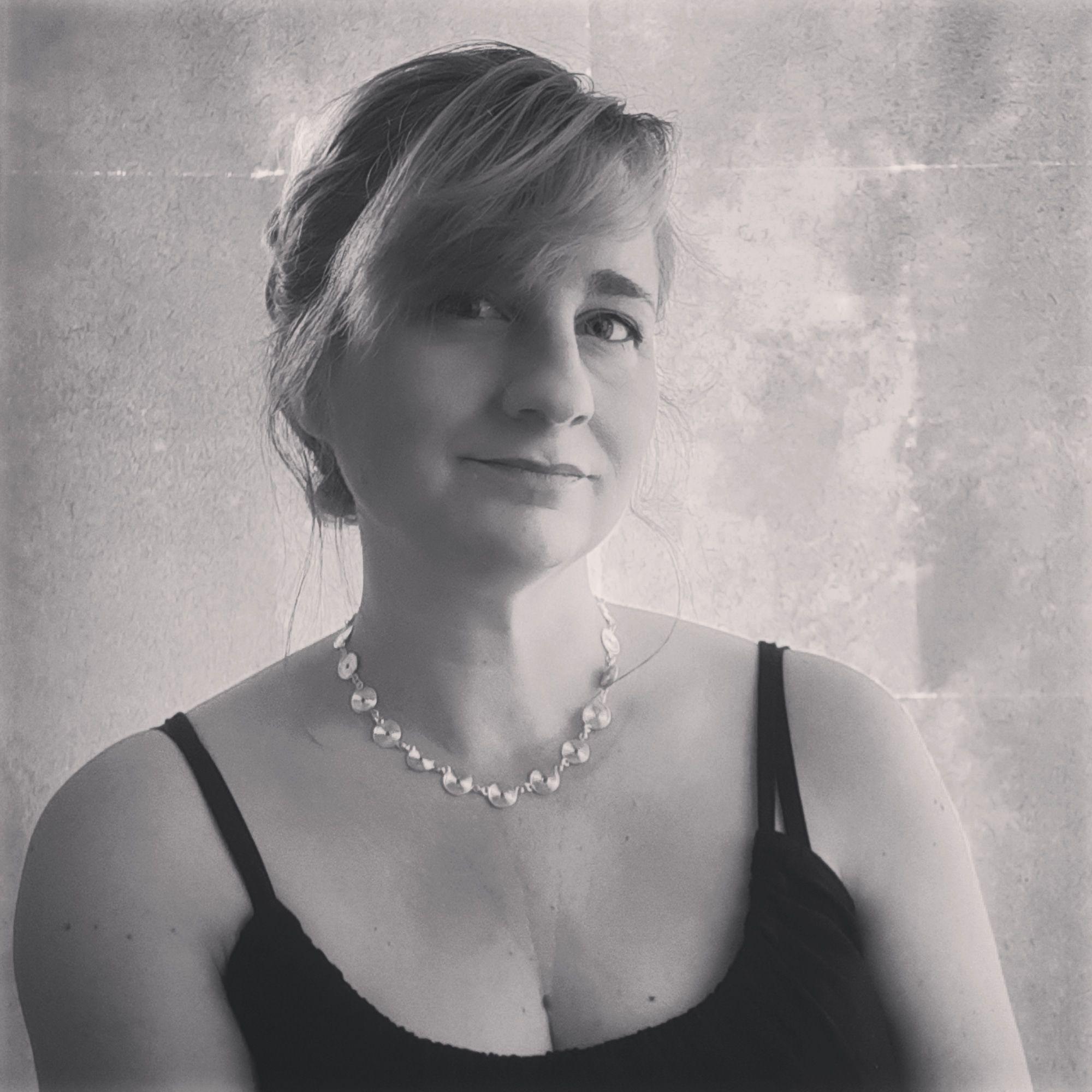 Uk Jeweller Tammy Betson
