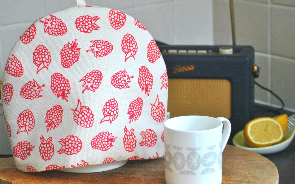 Padded Cotton Tea Cosy Raspberry Print| The Wise House