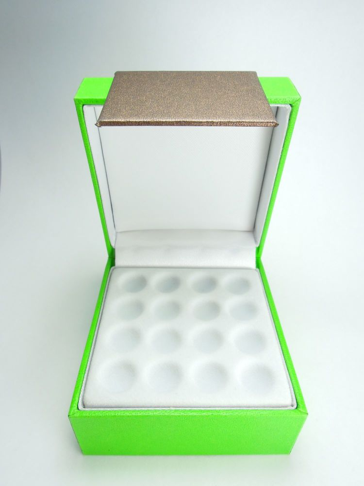 Out of stock!  Collectiedoosje - boite de collection - collection box (16 p