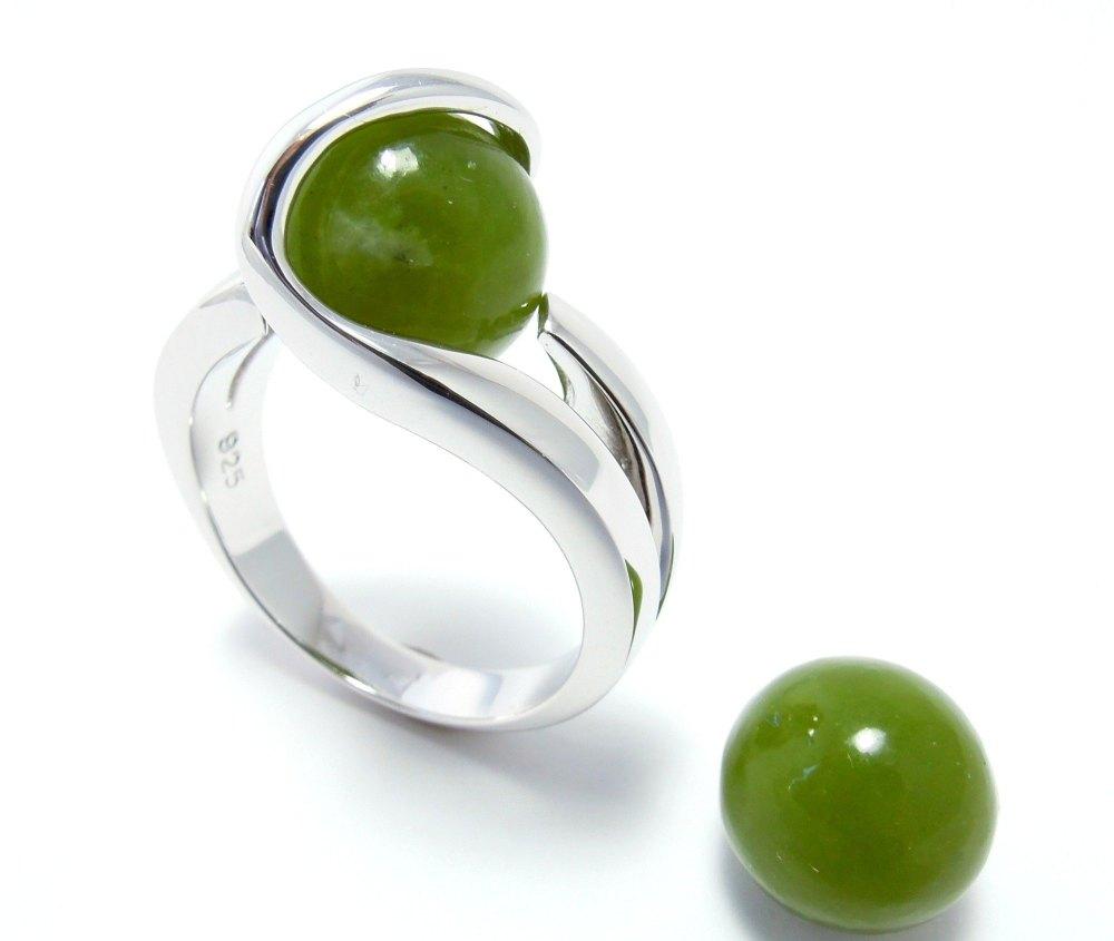 Jade (10mm.)