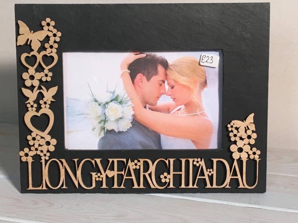 Ffram llechen a phren LLONGYFARCHIADAU congratulations slate frame