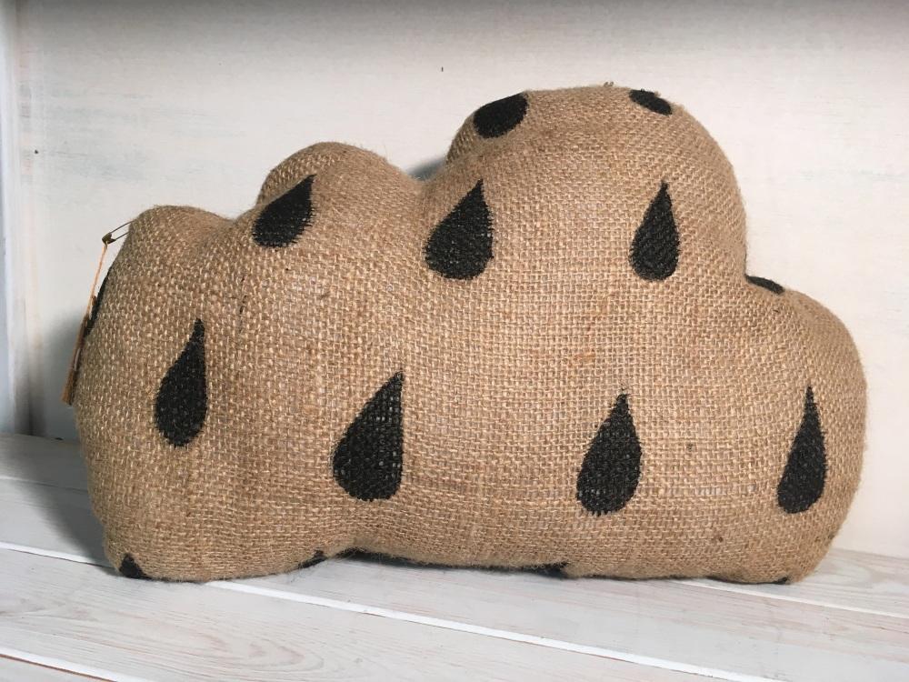 Clustog Cwmwl Glaw Rain Cloud Cushion