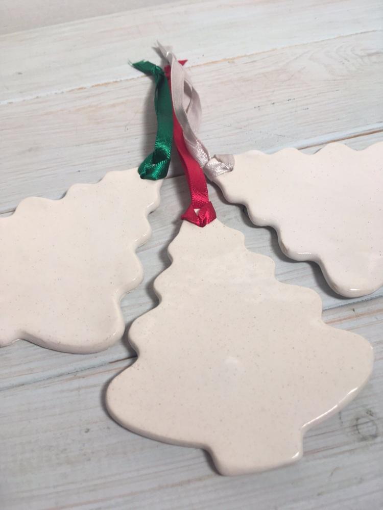 Set 3 White Tree Decorations - Addurn Coeden