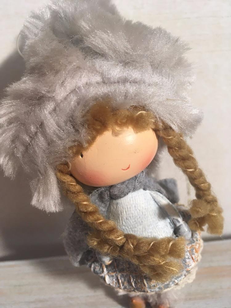 Winter Girl Hanging Decoration - Addurn Merch Aeafol