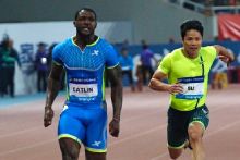 Justin Gatlin wins the 100m in Shanghai