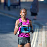 2010 Great South Run - Grace Momanyi leads