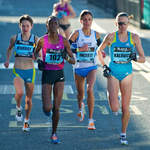 2010 Great South Run - leading Women break away