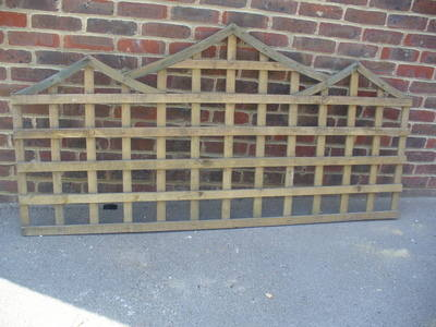 Oriental Square Trellis from