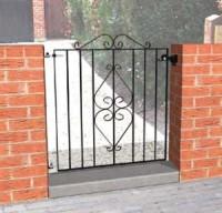 Henley Scroll  Iron Entrance Gate