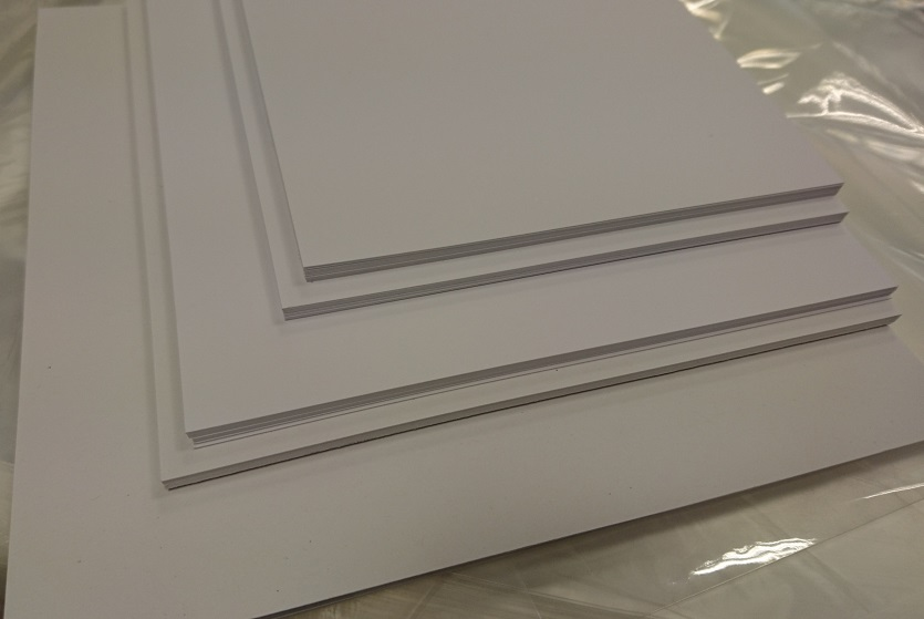 """175mm x 175mm (6¾"""" x 6¾"""") 20 pack of 300gsm White Mat & Layer Card Cuts"""
