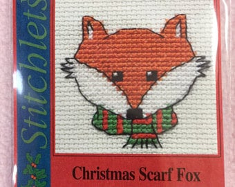 Mouseloft christmas - christmas scarf fox