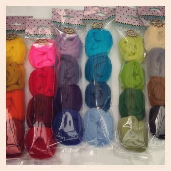 Mixed Merino Wool Tops 25g wool Blues