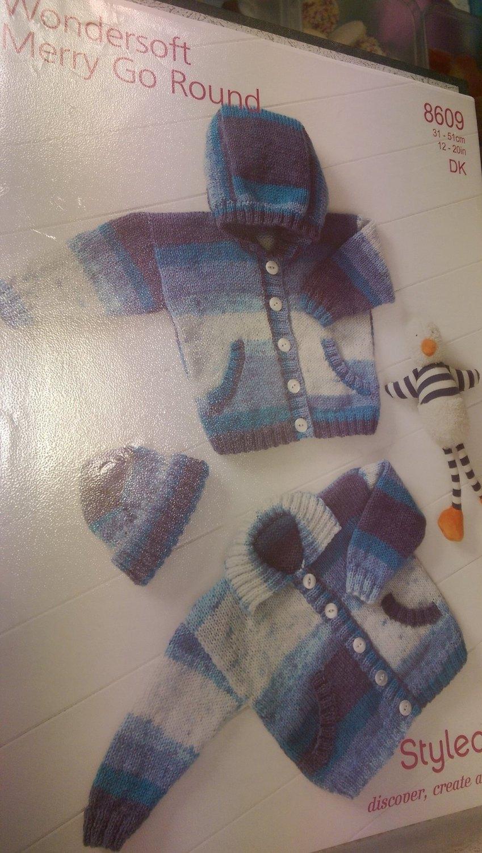 8609 - Cardigan & Hat - Wondersoft DK - Merry Go Round *Knitting Pattern