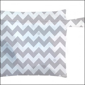 Charlie Banana wet bag (Grey chevron)